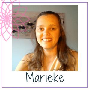 Ik ben Marieke en ik leer je anders denken. Van depressie en burn-out naar een gelukkig bewust leven. En dat doen we samen.